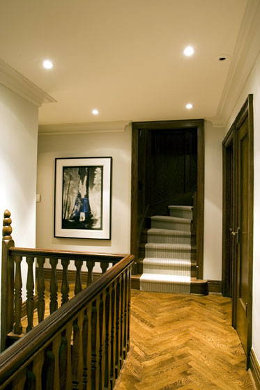 Michael Preston Design - Forest Hill Residence hallway